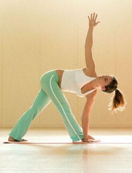 How To Achieve A Better Health And Fitness With Yoga Therapy!