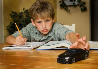 Is Your Child Suffering With ADHD? A Few ADHD Alternative Treatment Options Help You A Lot!