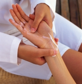 Therapeutic Hand Massage Tips